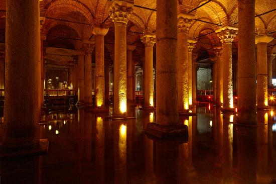 Yerebatan Saray Basilica Cistern