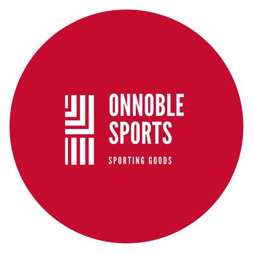 赤を基調とし、ラインをあしらったスポーツブランドのロゴ