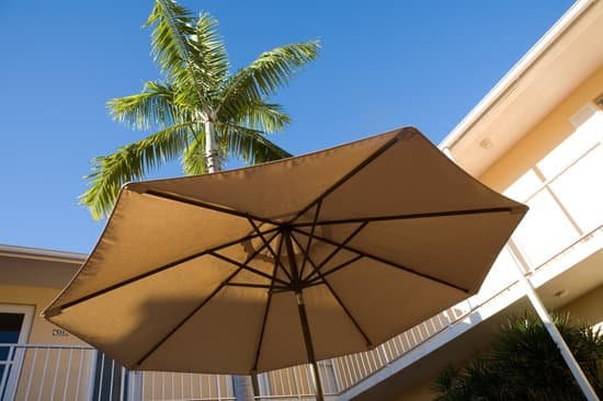 What to Look for in a Good Solar Umbrella?