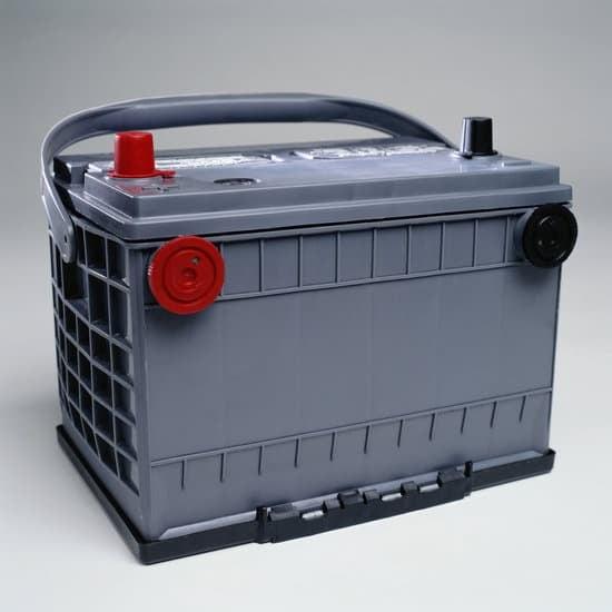 Solar 101: Batteries