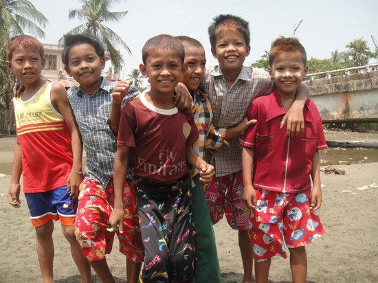 Children, Boys, Friendship, Myanmar, Burma, Youth