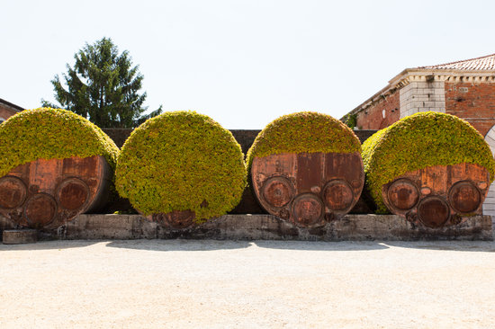 Old Cisterns, Arsenale