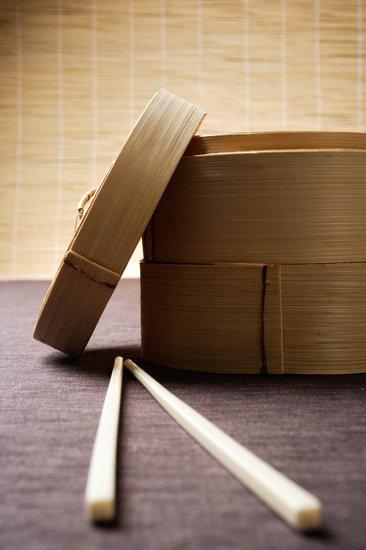 Bamboo Steamer with Chopsticks