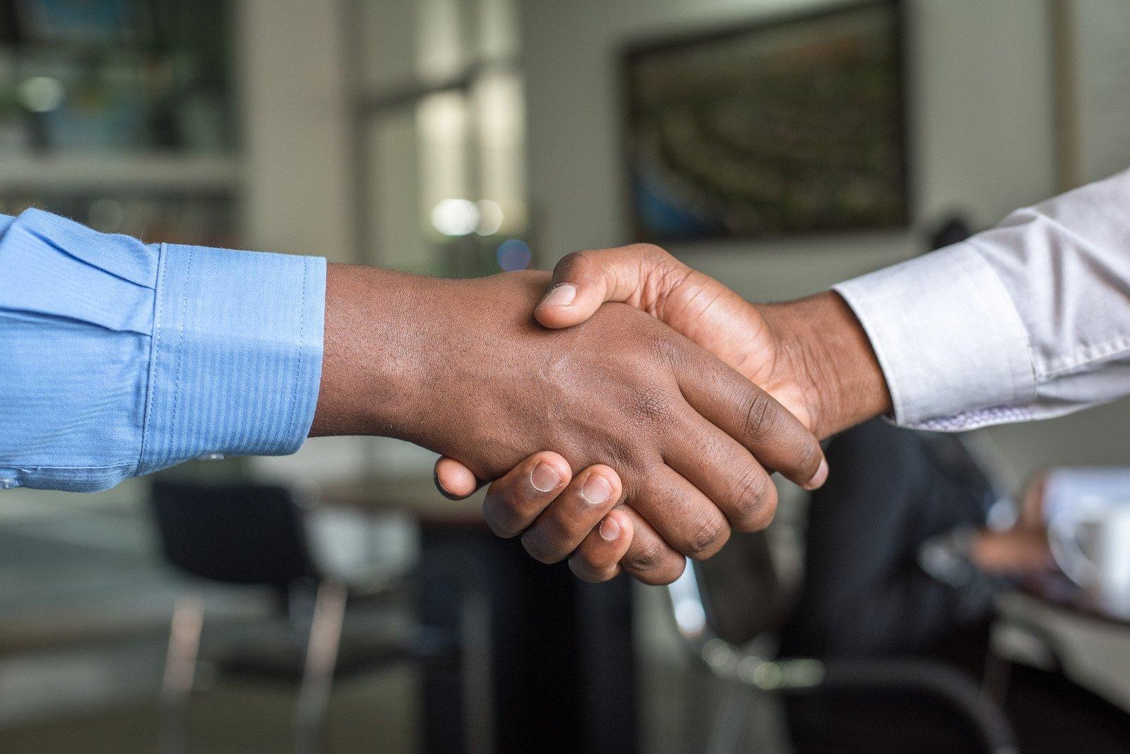 การร่วมมือกันระหว่างบุคลากรและพันธมิตรทางธุรกิจจะช่วยส่งเสริมให้ธุรกิจประสบความสำเร็จ