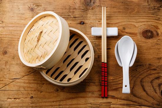 Asian Kitchenware Set Bamboo Steamer, Chopsticks and Ceramic Spo