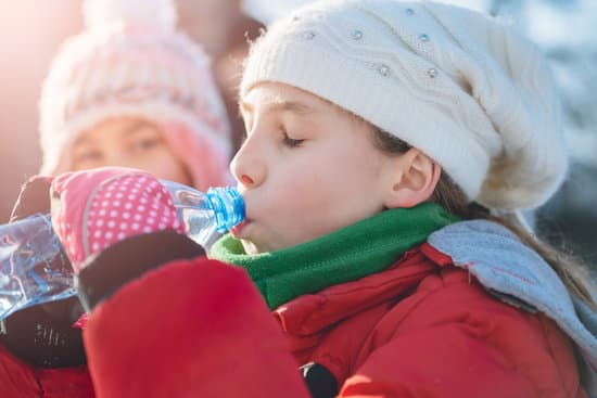 Manage drinking water based on seasons