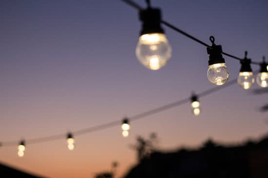 Tips for Buying Solar Power Outdoor Lights